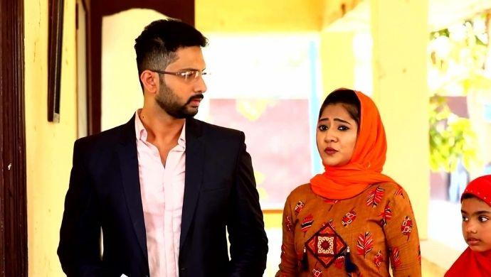 Sahul and Sushma in Poovey Poochoodava