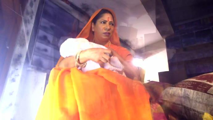 Sumitra in Hamari Wali Good News