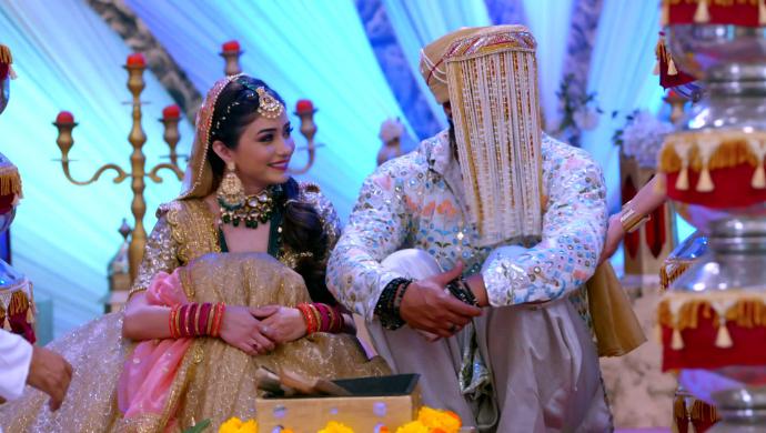 Tanu and Abhi in Kumkum Bhagya