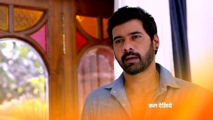 Kumkum Bhagya 19 May 2021 Spoiler: Abhi prevents Tanu from hurting Pragya
