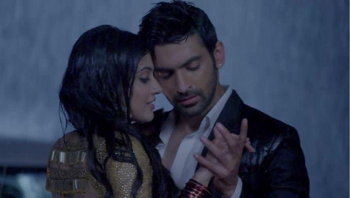 Meer Vivaan Rain romance