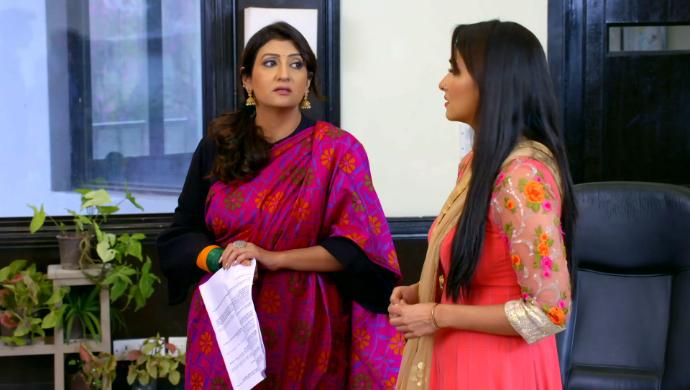 Meera and Navya in Hamariwali Good News