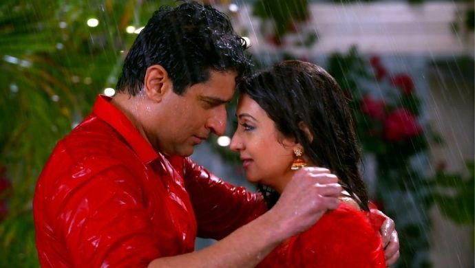 Reuka Mukund Rain romance hamariwali good news