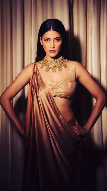 After a long time, Shruti Haasan interacts with Twitterati with a lovely morning message