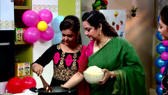 Sudipa Chatterjee and Niharika Nath in Rannaghar