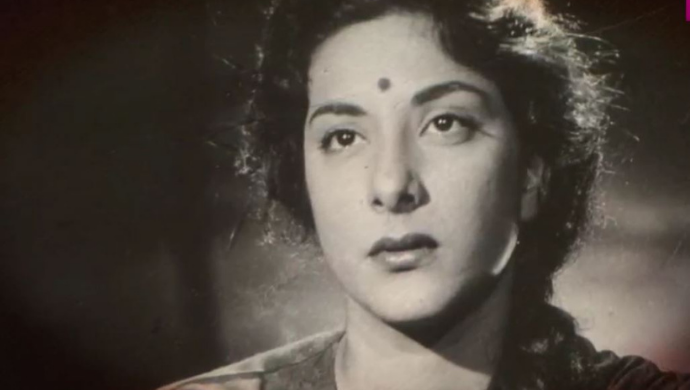 Throwback: When Nargis Slipped Into Coma And Was Kept On Life Support