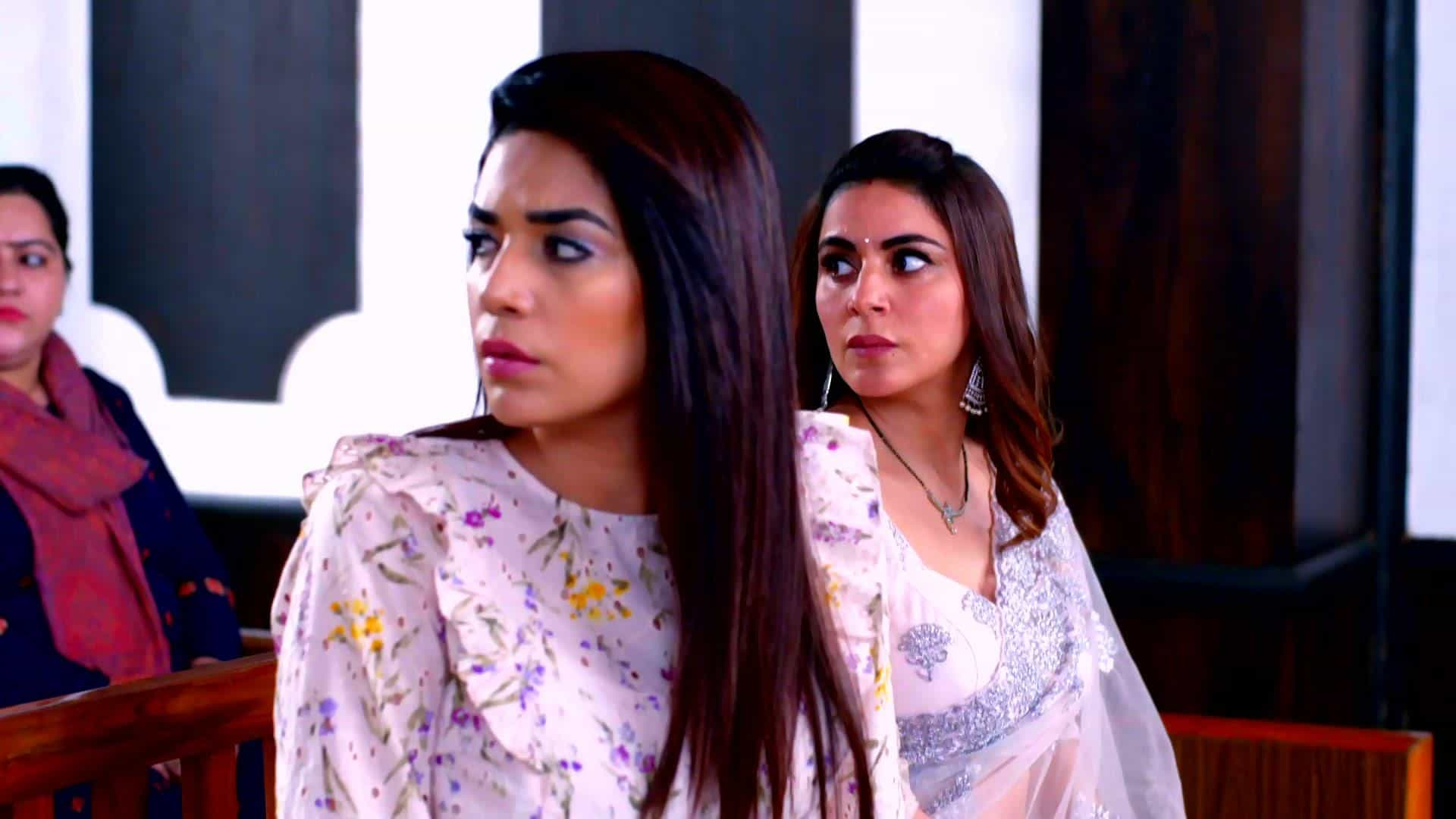 Kundali Bhagya 24 June 2021 Spoiler: The hotel staff's arrival at the court stuns everyone