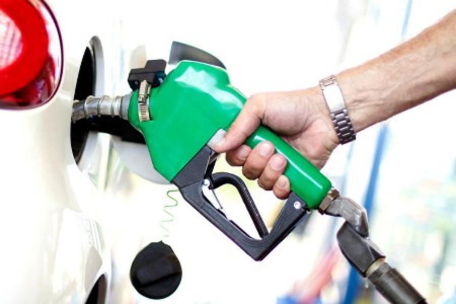 पेट्रोल-डीजल के दाम में लगी आग, मुंबई में कीमत पहुंची 102 रुपये के पार