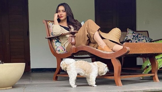 Bollywood Actress Neha Sharma Spotted In Bandra With Her Pet Dog