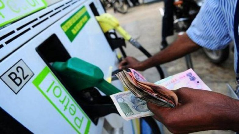 Petrol and Diesel Prices in India on June 19, 2021: Fuel Prices Remain Unchanged; Check Rates Here