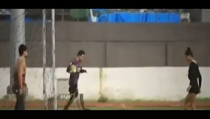Tiger Shroff And Disha Patani Spotted Playing Football Together By Paparazzi