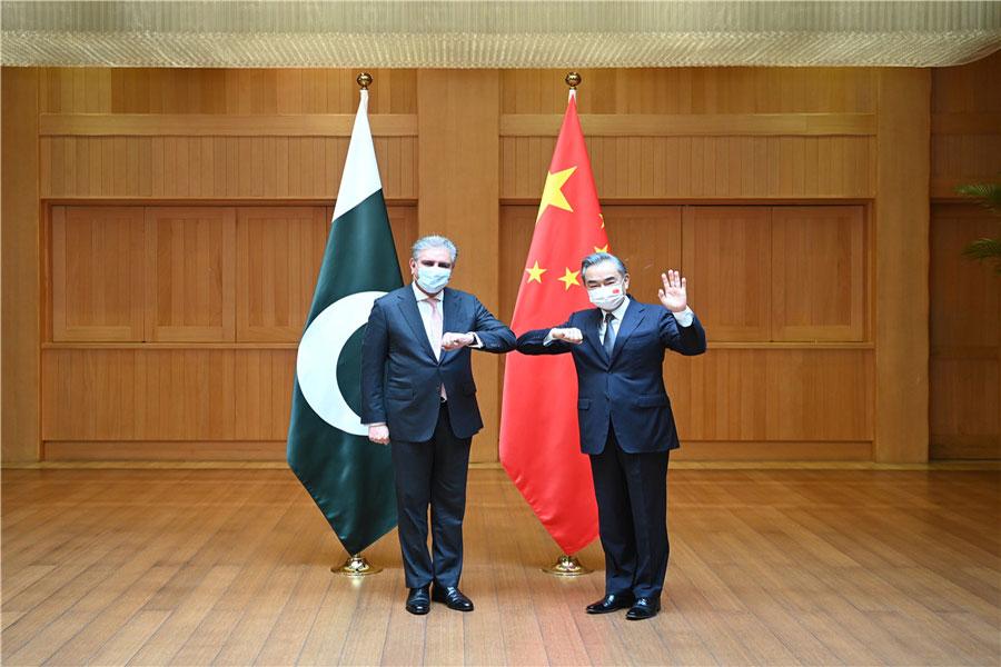 वांग यी और कुरैशी की तीसरी चीन-पाकिस्तान विदेश मंत्रियों की रणनीतिक वार्ता
