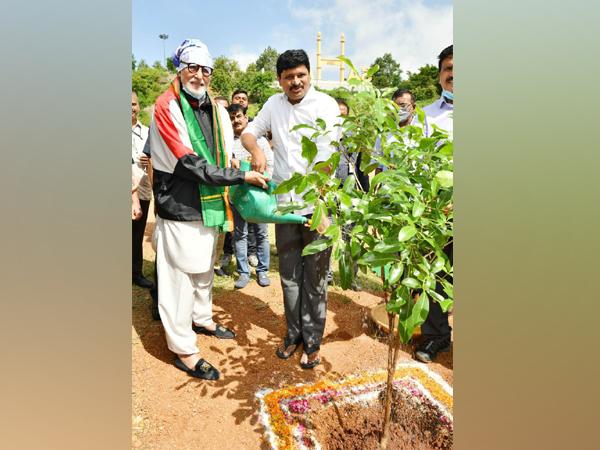 Amitabh Bachchan participates in Green India challenge, plants sapling in Ramoji Film City