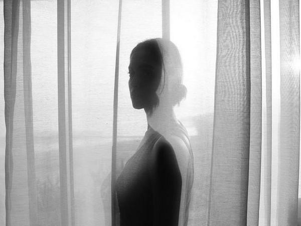 Deepika Padukone drops aesthetic monochrome picture