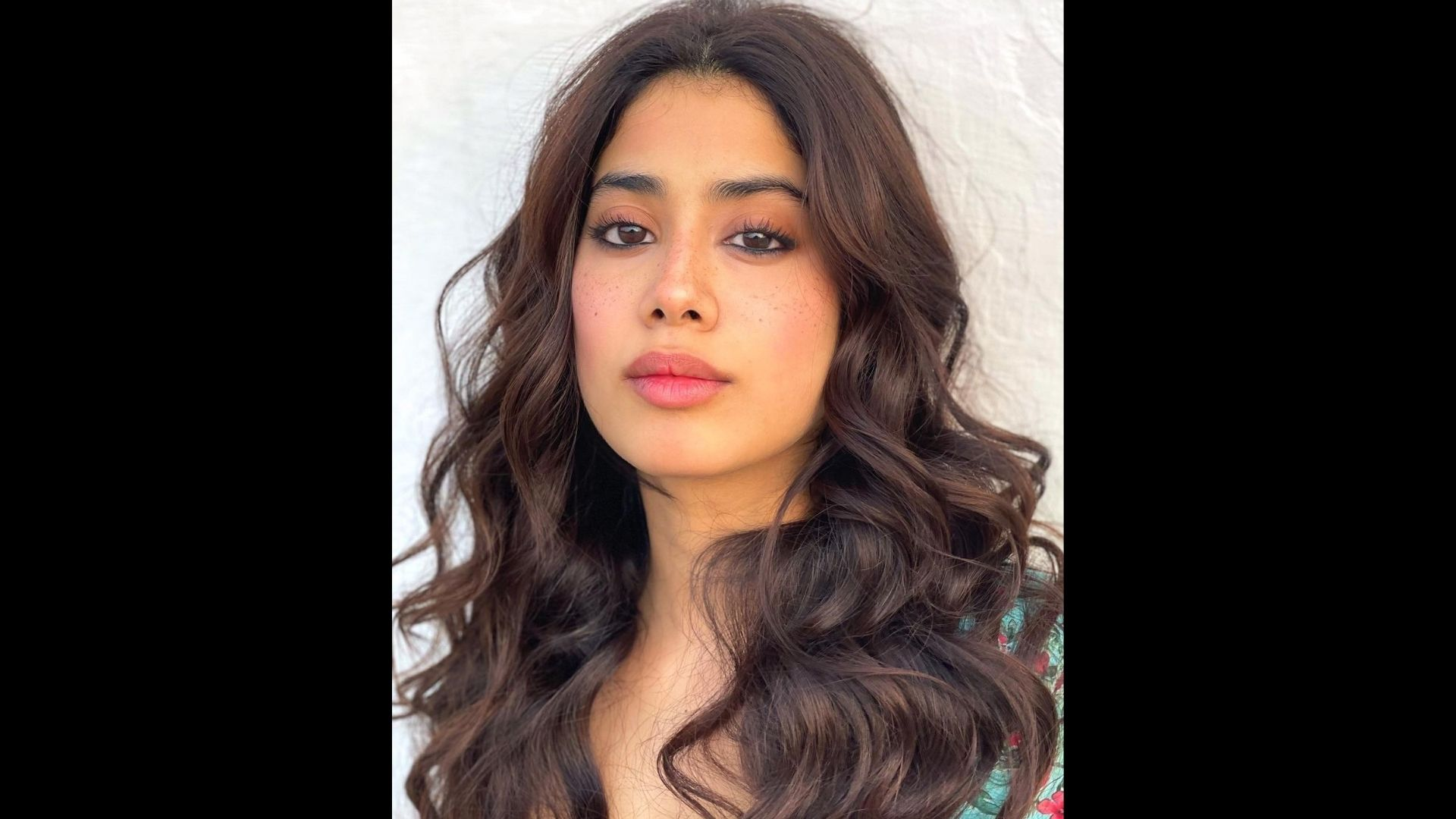 Janhvi Kapoor Begins Her Weeked With An Energizing Pilates Sessions; These Pictures Will Leave You Motivated