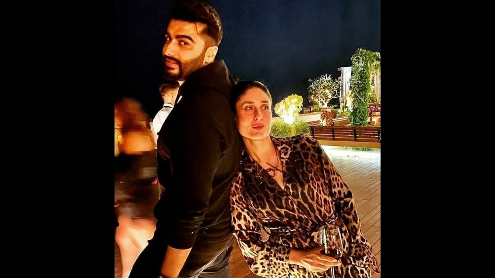 Arjun Kapoor Sends Belated B'day Wishes To Kareena Kapoor With An Adorable Photo Ft. Saif And Taimur; Bebo's Response Is Winning Hearts