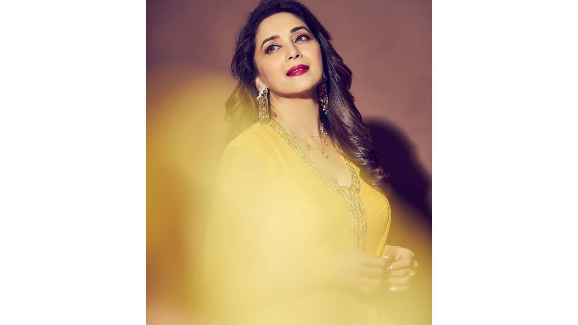 These Photos Of Madhuri Dixit Prove She Is The Ultimate Queen Of Bollywood