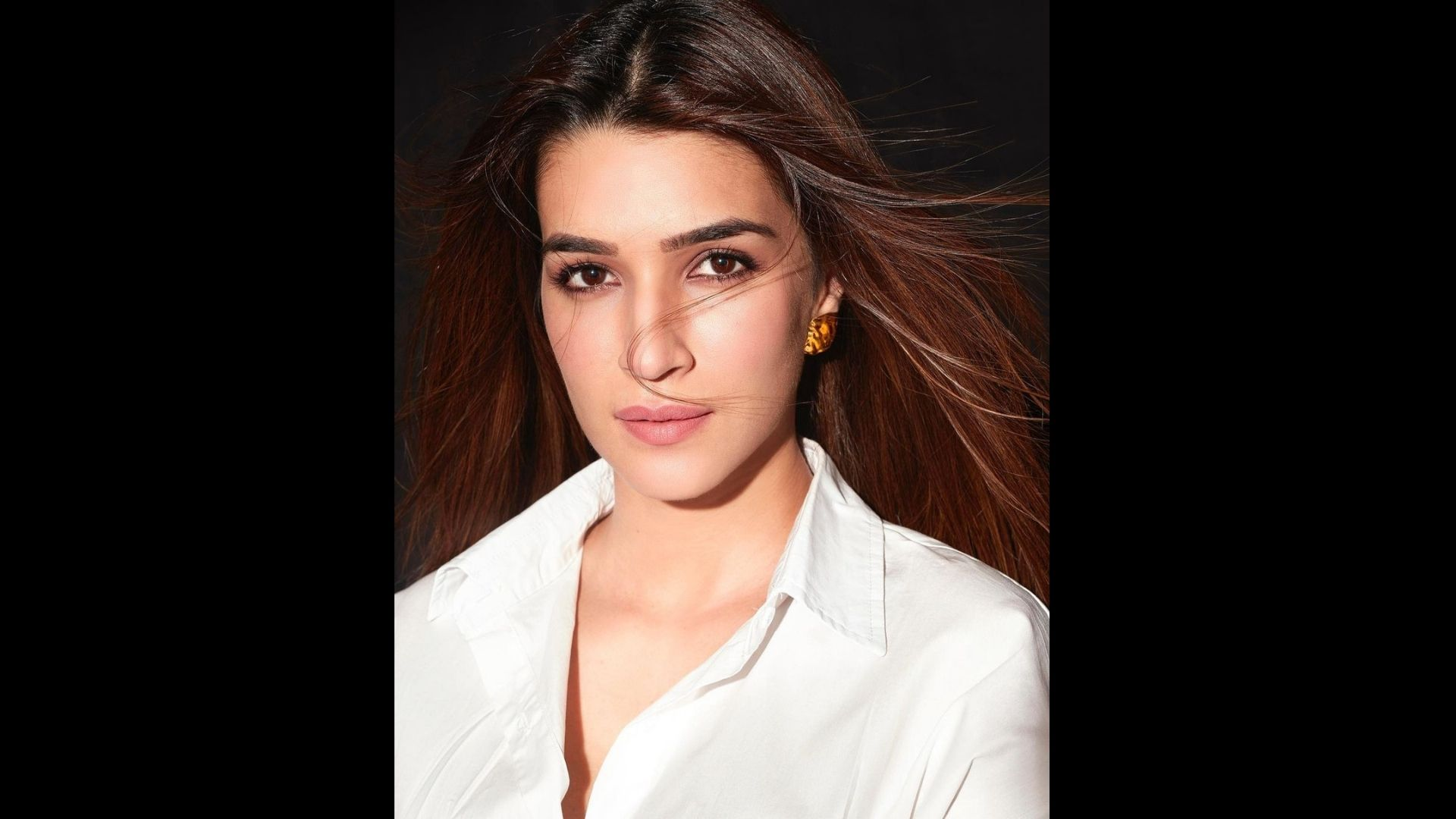 Kriti Sanon Sweats It Out For Ganpath; Gives Glimpse Of Her Preparation For The Movie