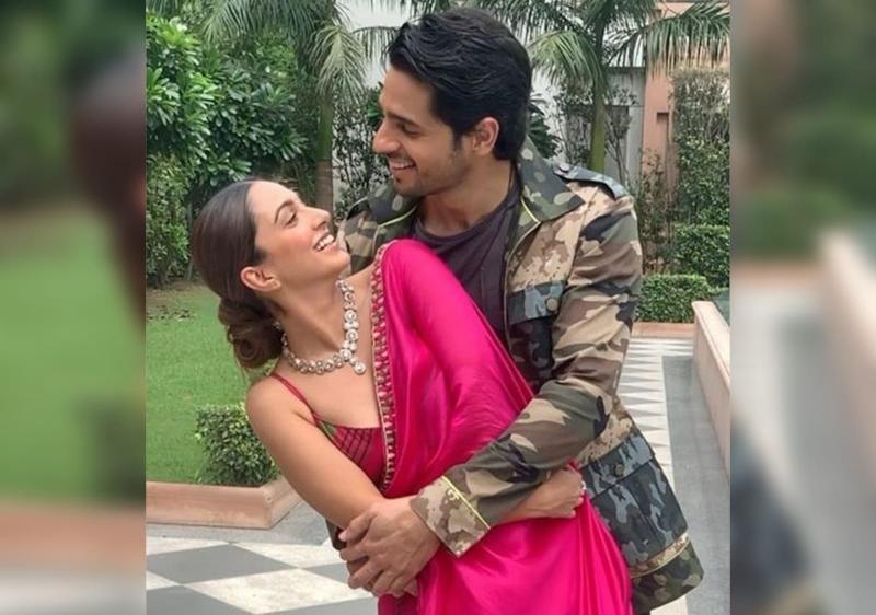 Love Is In The Air! Sidharth Malhotra Gets Protective Of Rumoured Girlfriend Kiara Advani On The Kapil Sharma Show