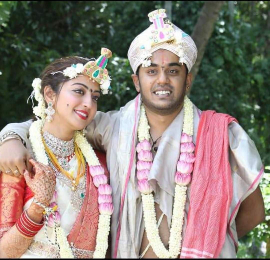 Pranitha Subhash gives fan a sneak-peak into her wedding rituals