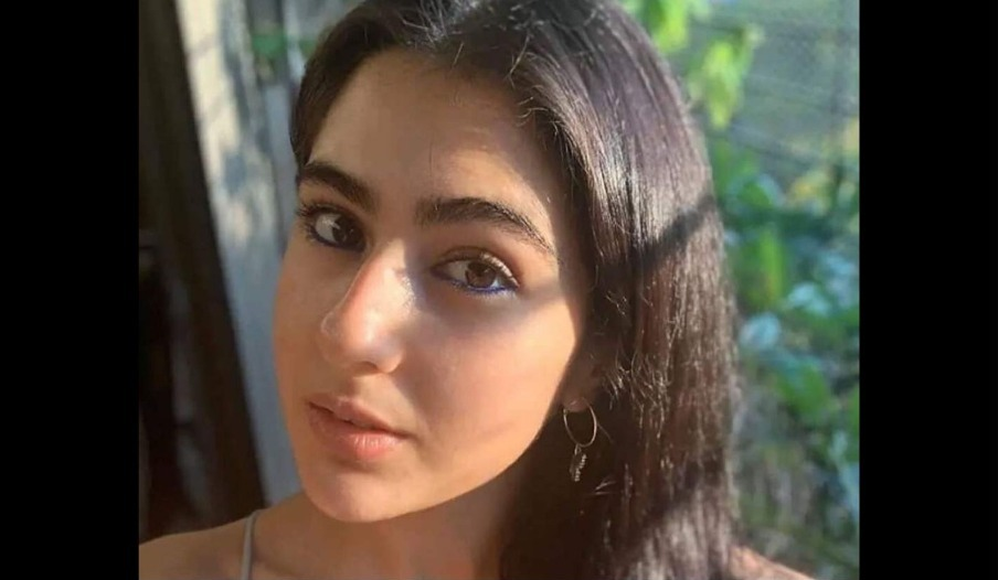 Watch Sara Ali Khan In Her Fun And Gorgeous Avatar While Vacationing With Her Friends