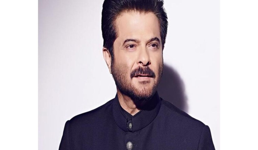 Anil Kapoor Shakes A Leg In Public In Munich; Video Goes Viral