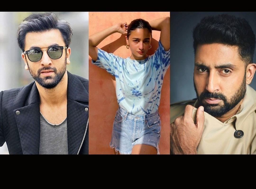 Ranbir Kapoor, Alia Bhatt, Abhishek Bachchan- 4 Bollywood Stars Who Shared Screen Space With Their Parents