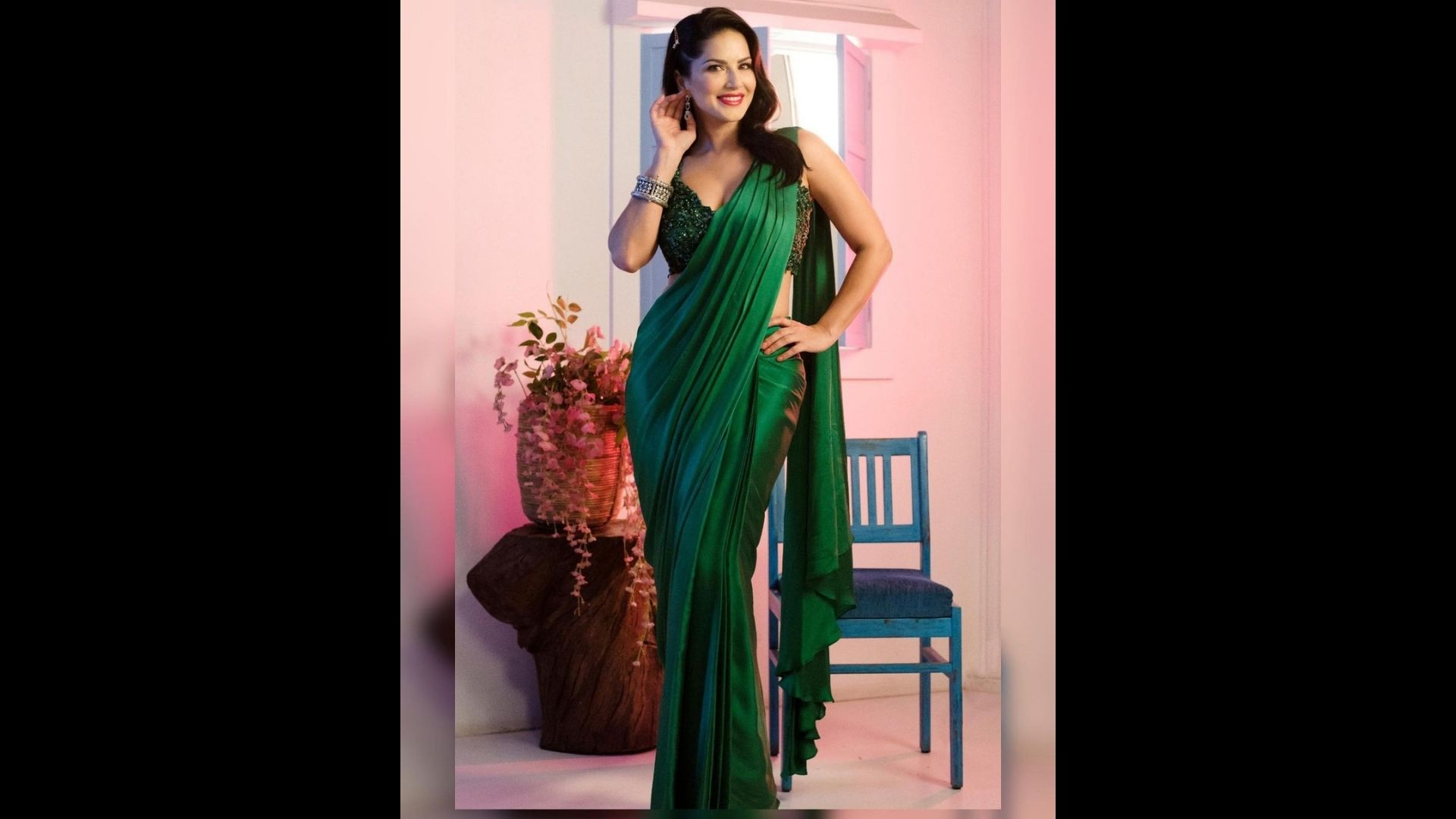 Sunny Leone Grabs Eyeballs In Sultry Green Silk Saree As She Drops New Pics On IG