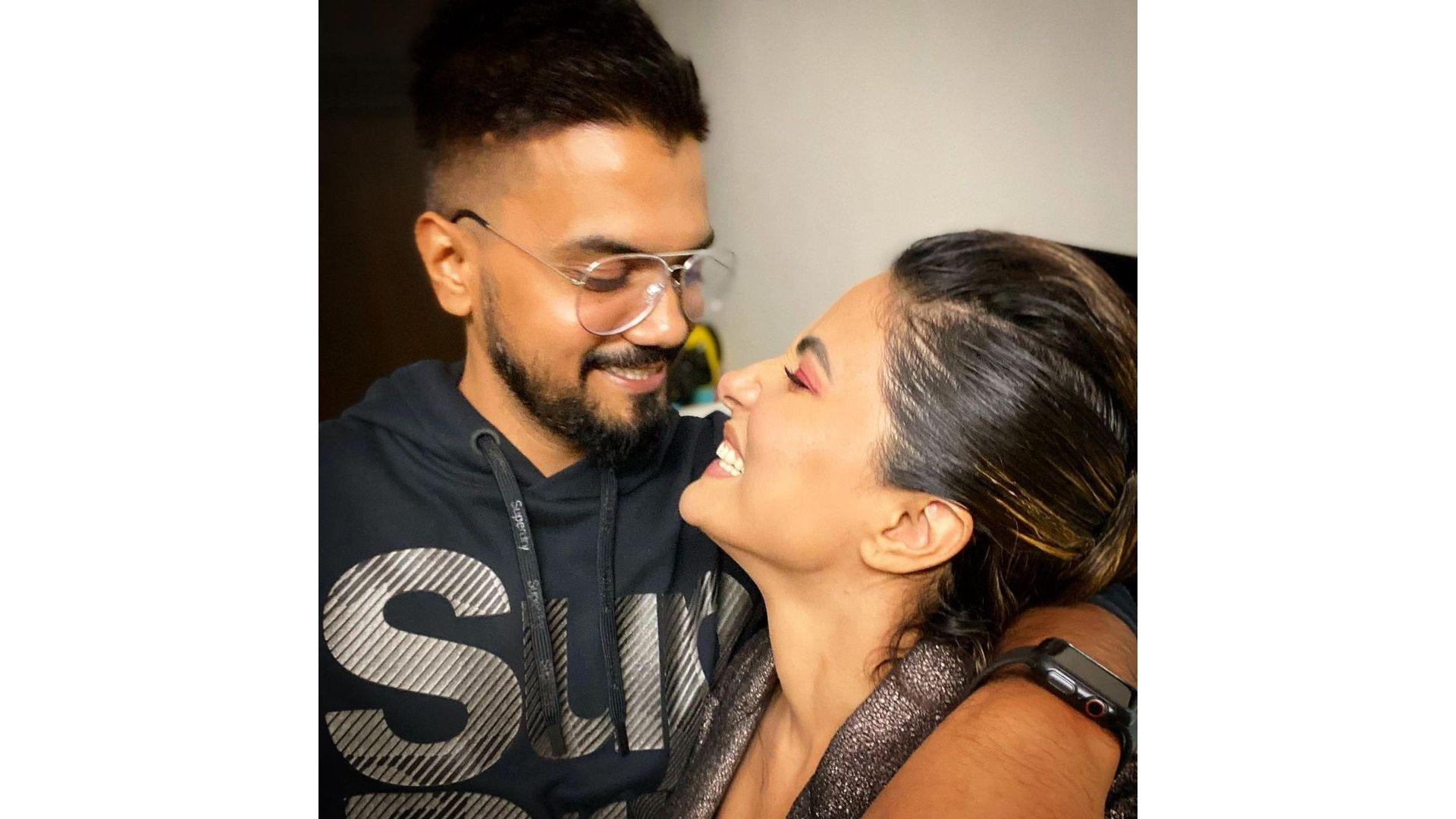 Hina Khan's Viral 'Break-up Post' Adds Fuel To The Split Rumours With Boyfriend Rocky Jaiswal