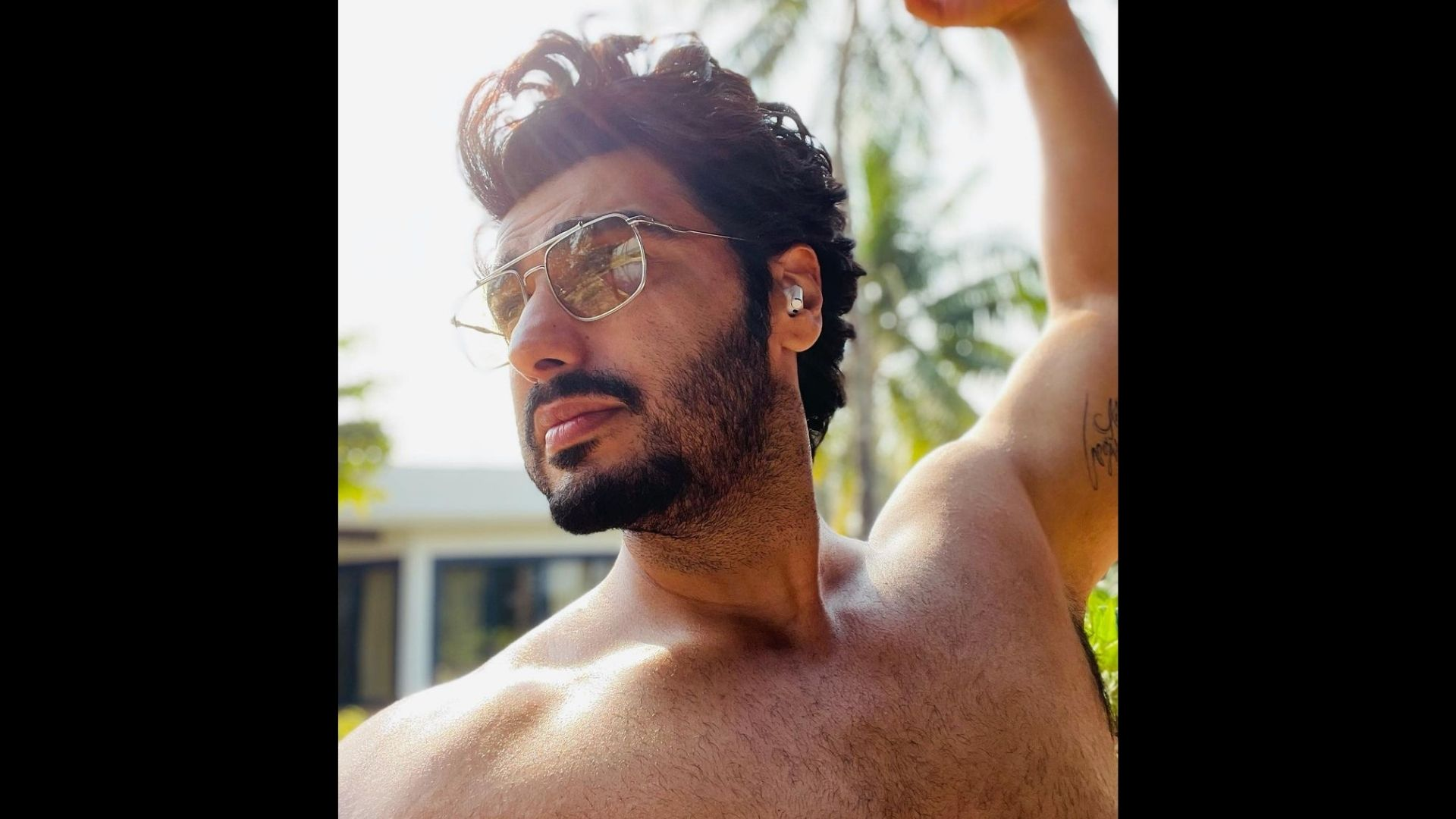 Arjun Kapoor Flaunts His Muscular Body That He Built With His Hardwork And Sweat; Shares An Inspirational Photo