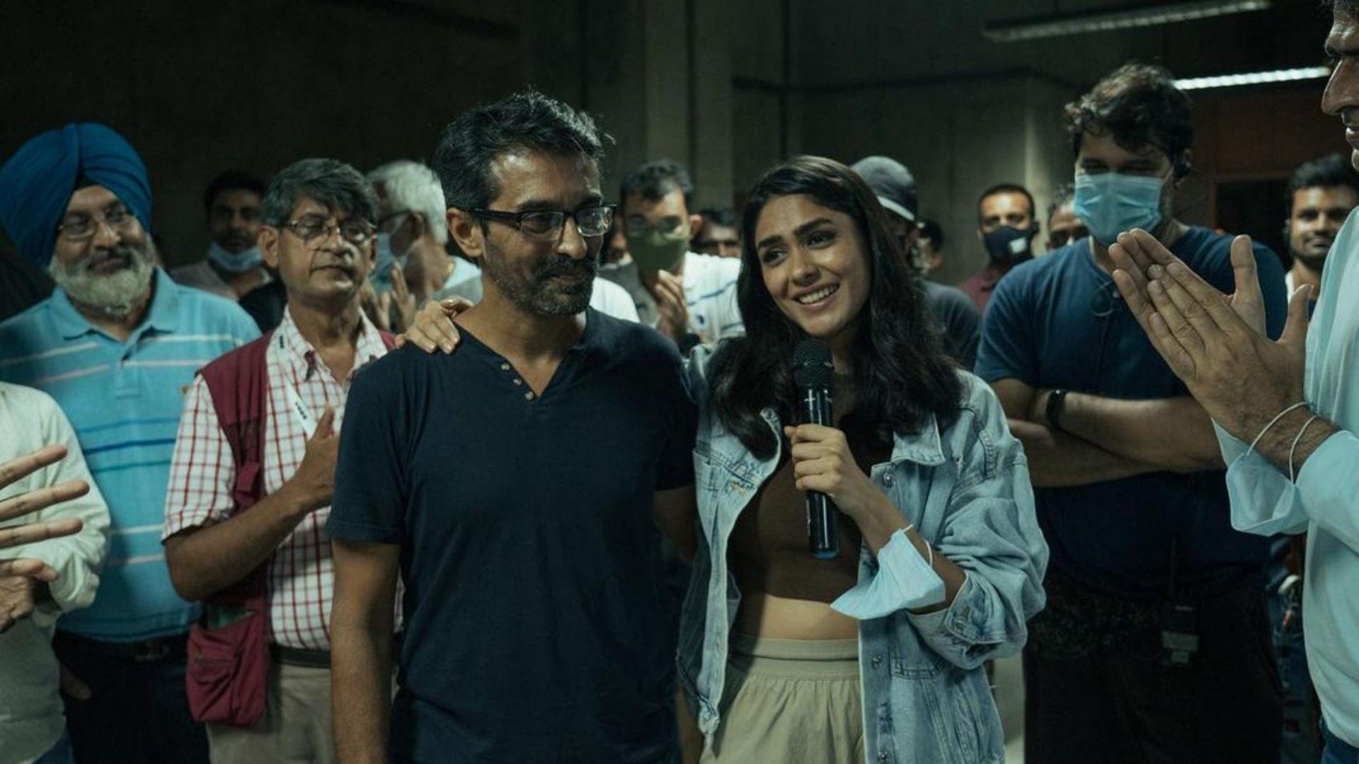 Pippa: Mrunal Thakur Wraps Up Shooting For Ishaan Khatter And Priyanshu Painyuli Co-starrer