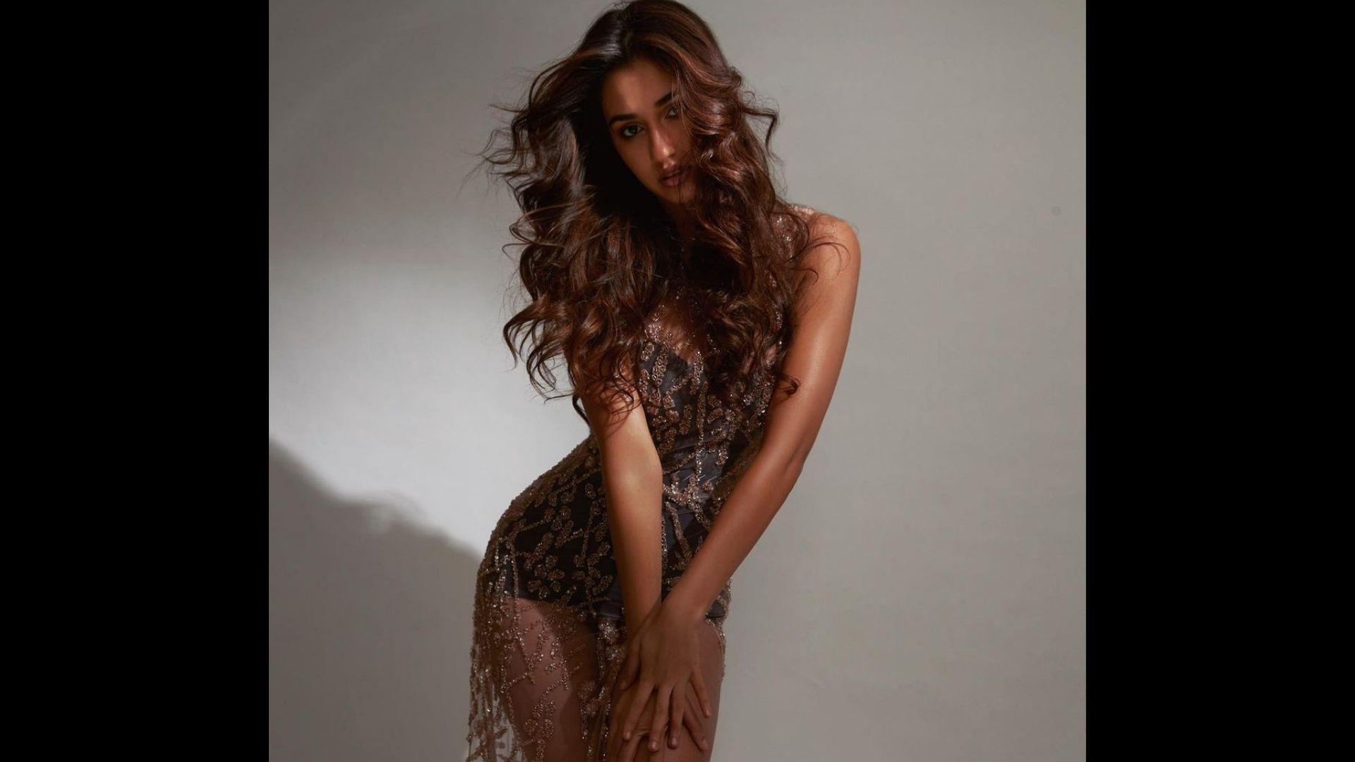 Disha Patani Looks Breathtakingly Sexy In Her Latest Shoot; Raises The Temperature Soaring – PIC Inside