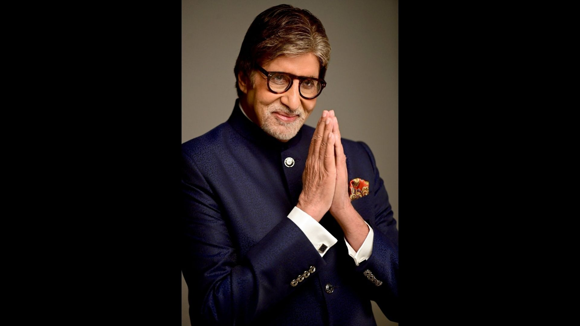 Amitabh Bachchan's Recent Ad Shoot For A Jewelry Brand Recieves Hilarious Comments From Viewers; Know Why