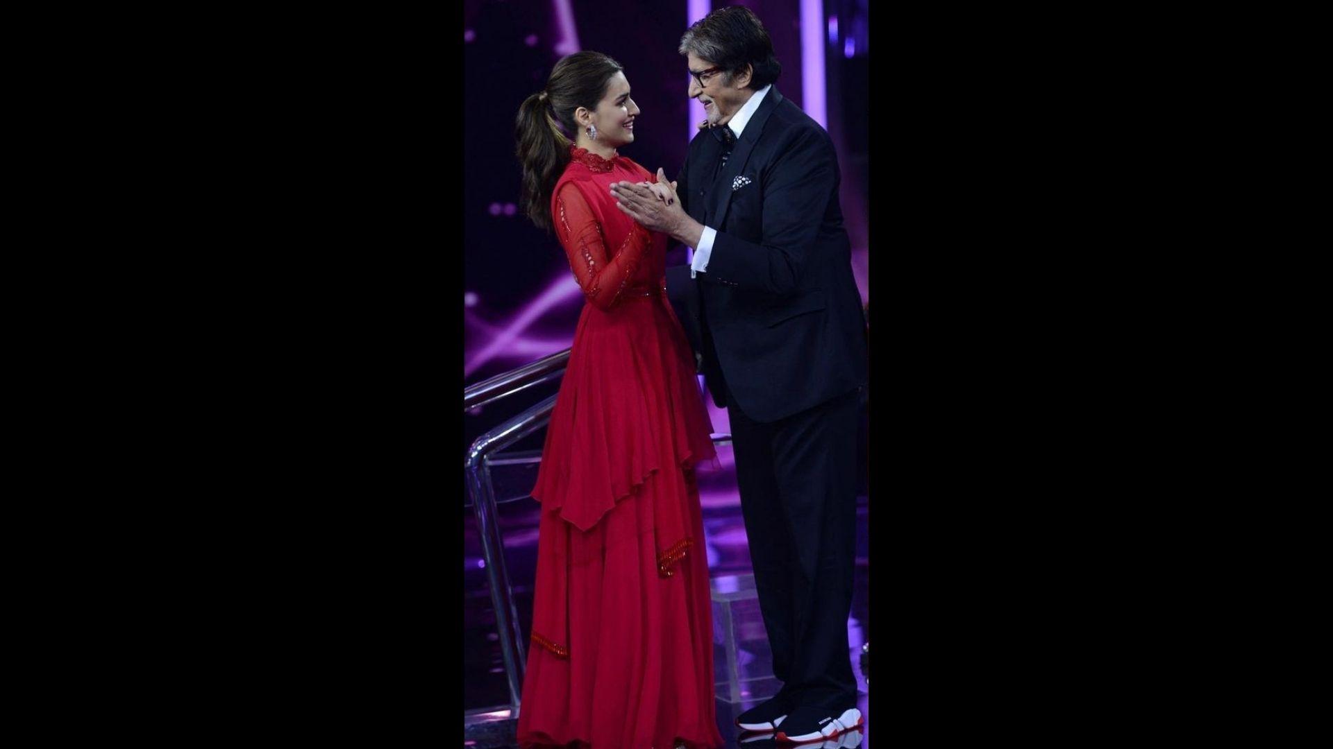 Amitabh Bachchan And Kriti Sanon's Dance Video Will Make Your Hearts Warm; Megastar Pens Down An Amazing Caption
