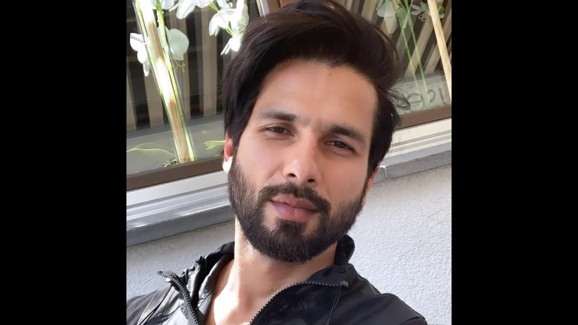 Shahid Kapoor To Don Olive Greens In Bull; Actor To Play A Paratrooper In Aditya Nimbalkar Directorial Film