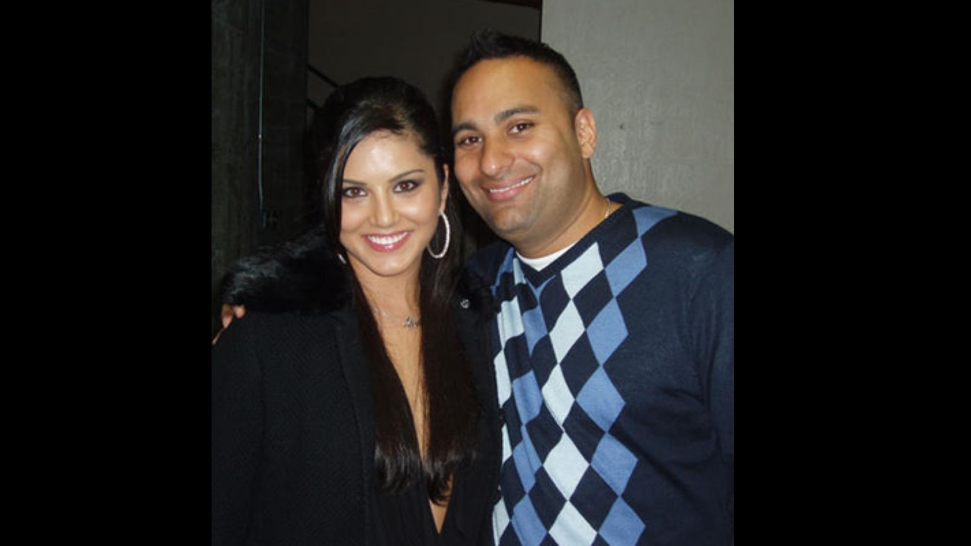 Sunny Leone's Relationship With Russell Peters Lasted Only For A Hot Second – Know Why