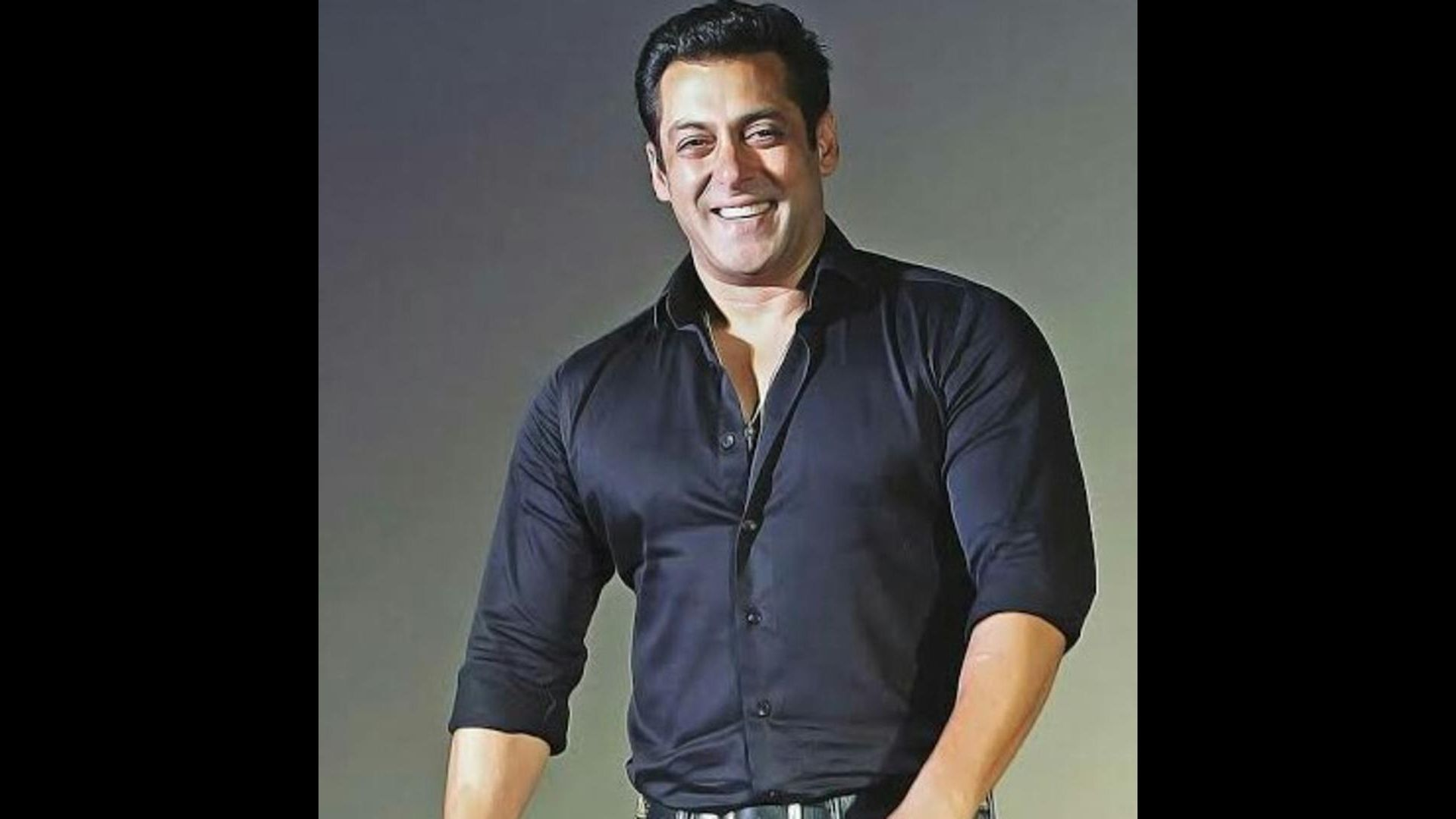 Antim Trailer Launch: Salman Khan Arrives In Style In An All Black Avatar