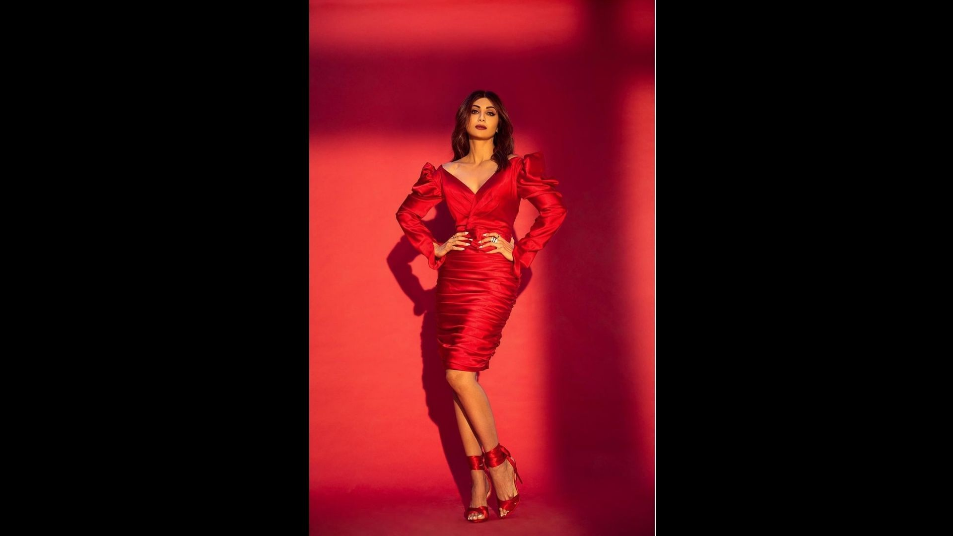 Watch Shilpa Shetty Get All Goofy And Groovy 'In The Getto' As She Dazzles In Her Bodycon Red Dress