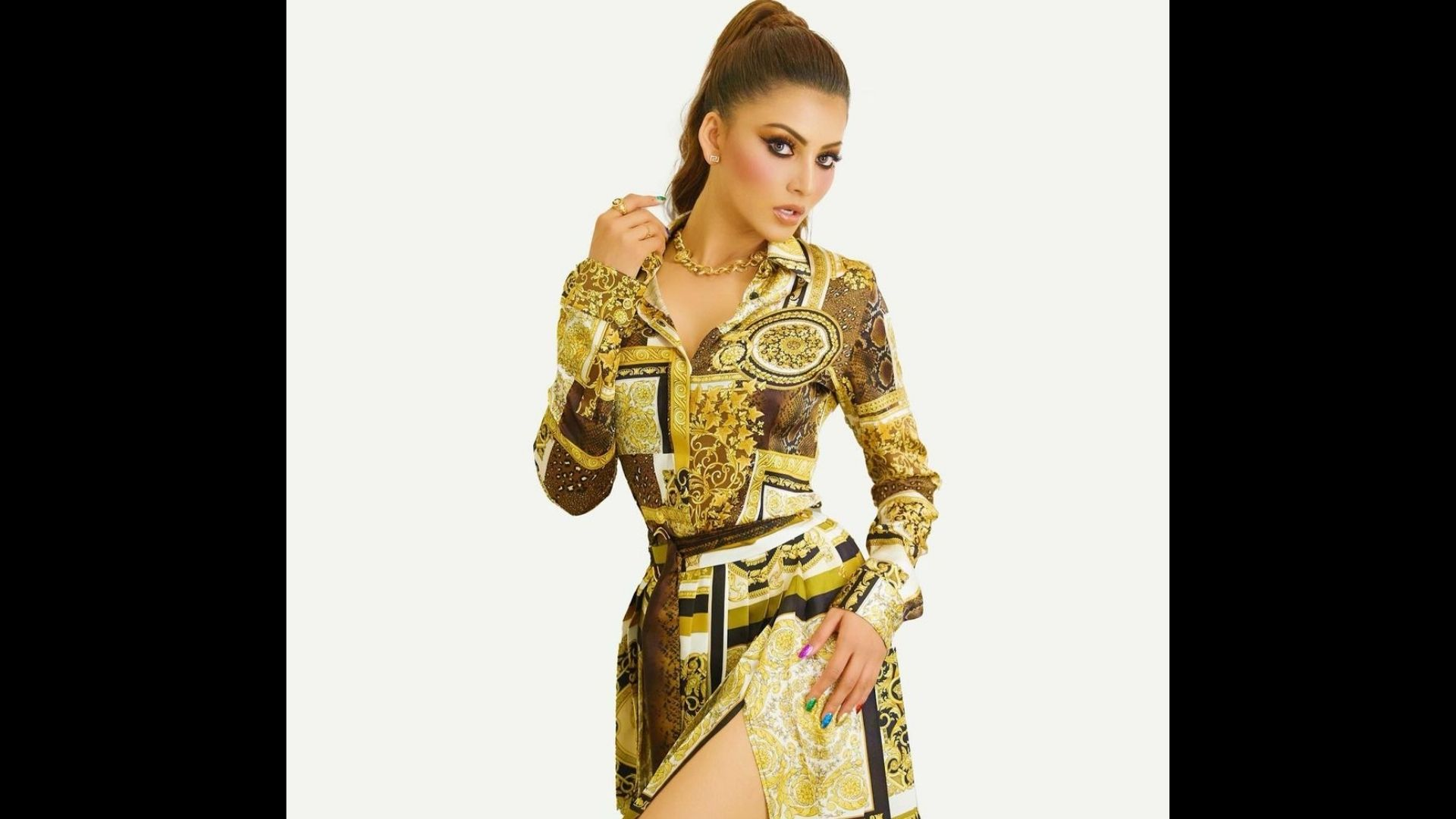 India Vs Pakistan T20 World Cup 2021: Urvashi Rautela Book Herself A Golden Ticket Ahead Of The Crucial Match