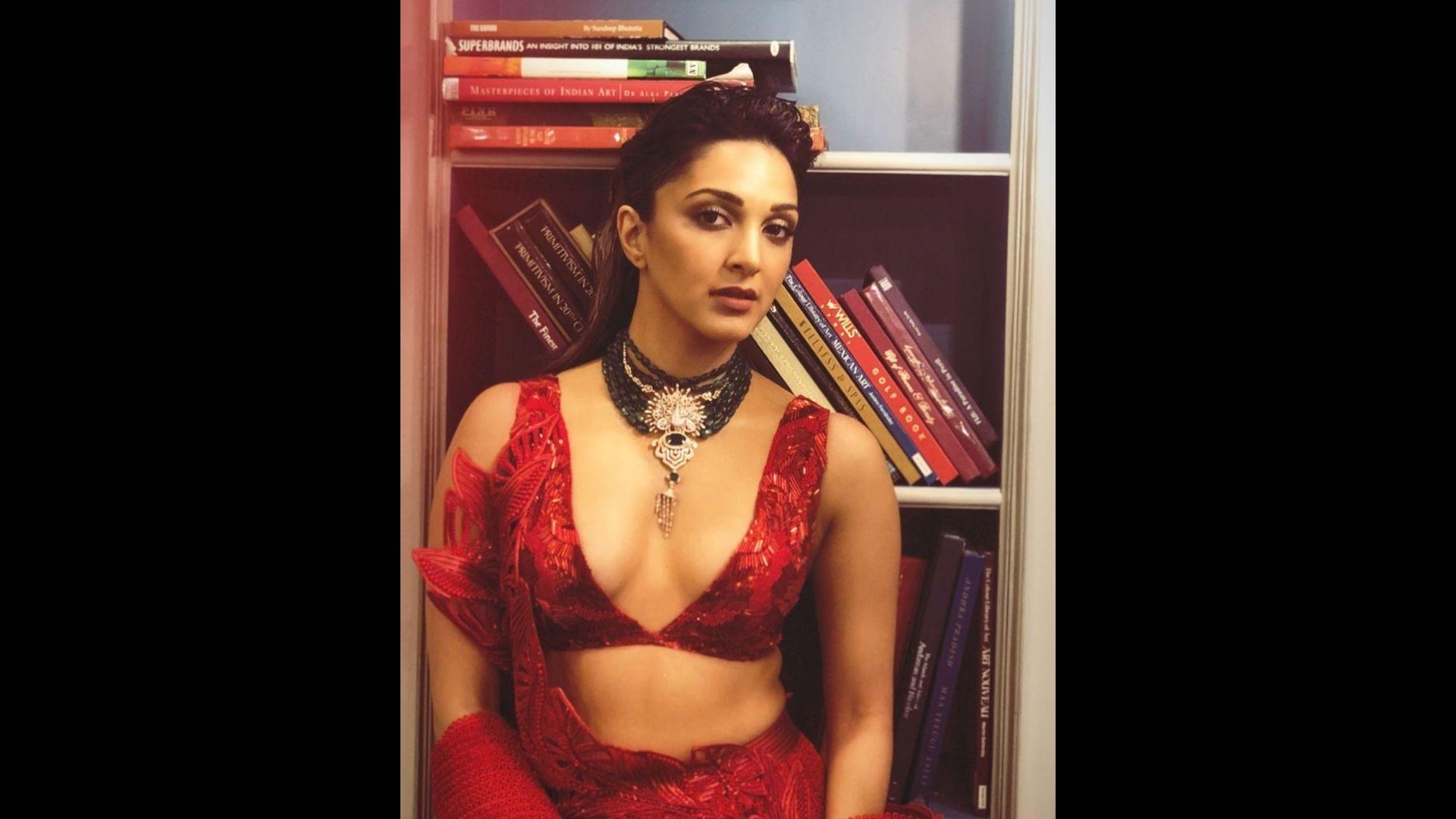 Kiara Advani's Red Lehenga Look Will Teach You How To Nail Any Wedding; Take Cues Ladies
